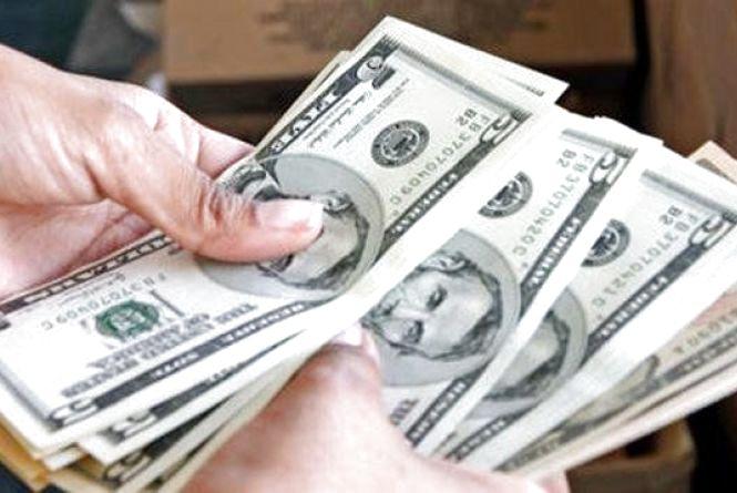Курс валют на 24 жовтня: долар продовжує рости