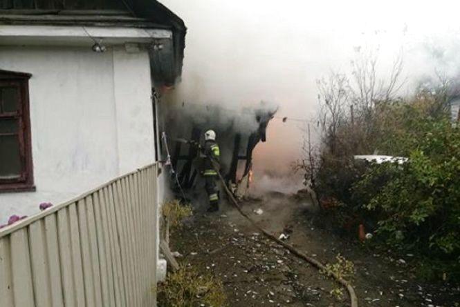 45-річний мешканець Ізяслава посварився з матір'ю та підпалив її будинок