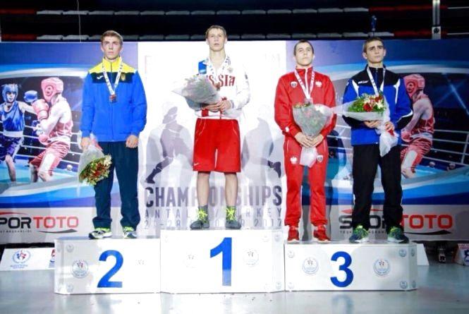 Шепетівський боксер виборов срібло на чемпіонаті Європи