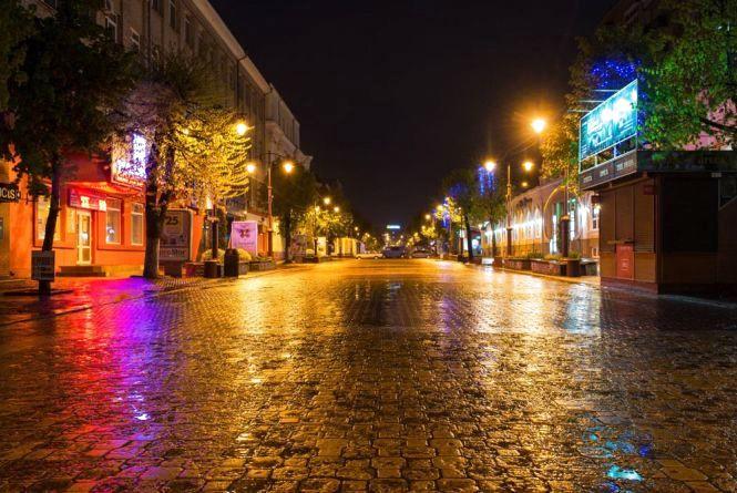 У п'ятницю ввечері гуляти у Хмельницькому небезпечно