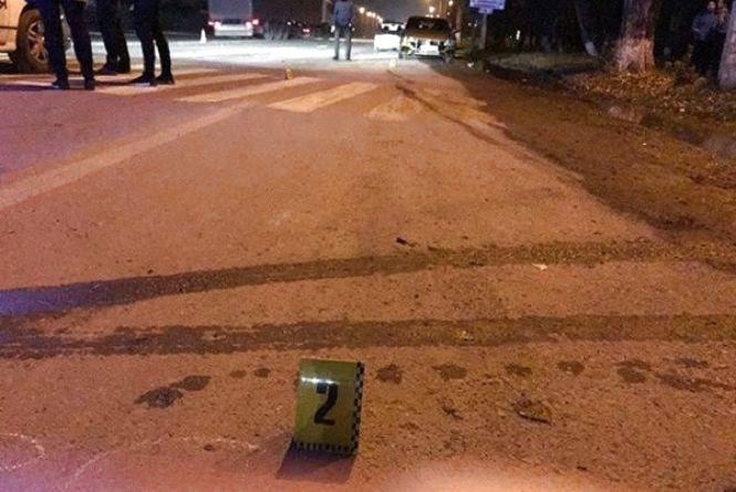 """У Кам'янці 18-річний водій збив пішохода на """"зебрі"""""""