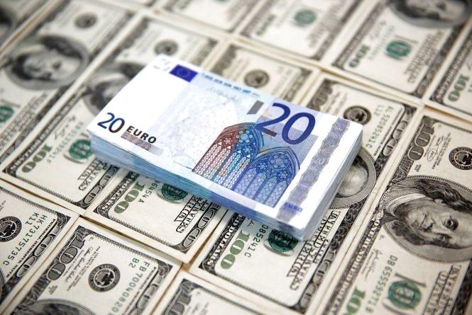 Долар і євро здешевшали – курси валют на 14 листопада