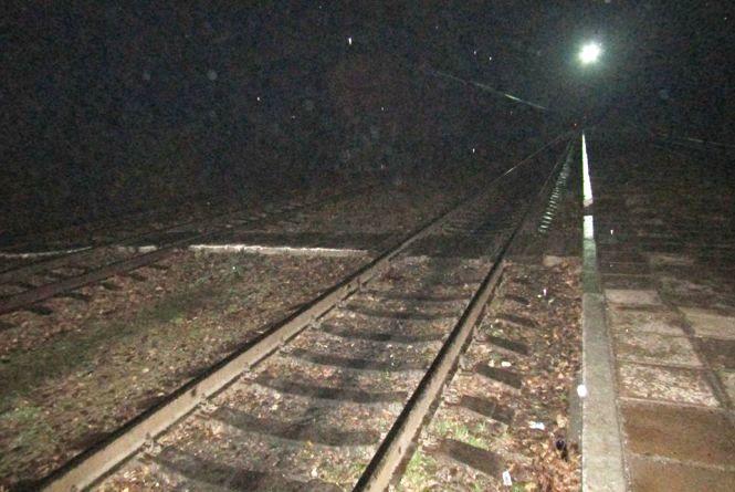 П'яний житель Дунаївців поліз під поїзд і отримав травми