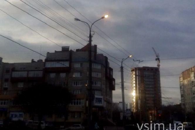Хмельничани просять про належне освітлення вулиць. Яка ситуація з ліхтарями у ваших дворах (ОБГОВОРЕННЯ)