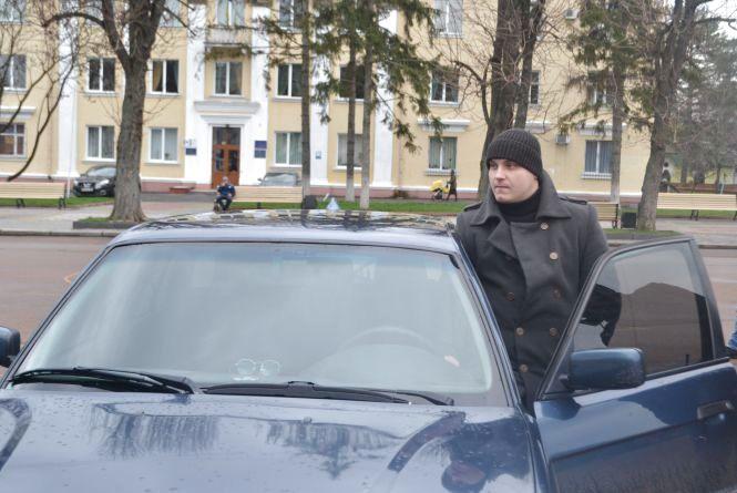 На майдані Незалежності зібралось 30 автомобілів. Хмельничани вшанували жертв ДТП