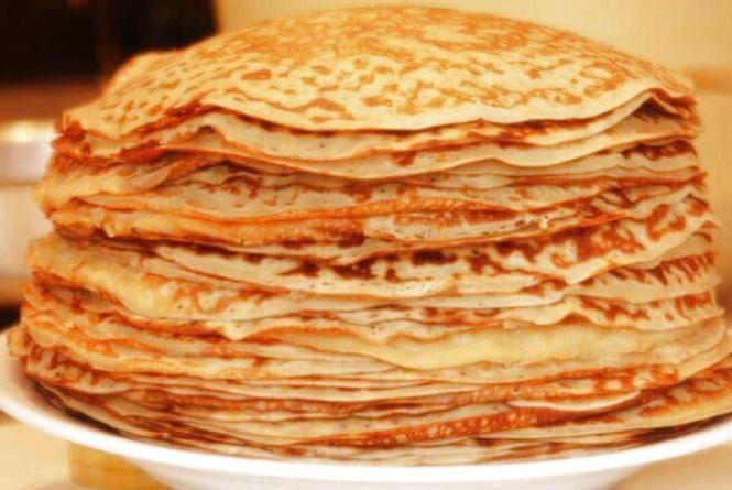 Смачний та швидкий сніданок: як приготувати ванільні млинці