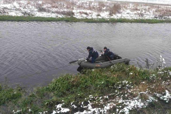 У Південному Бузі поблизу Хмельницького знайшли тіло жінки