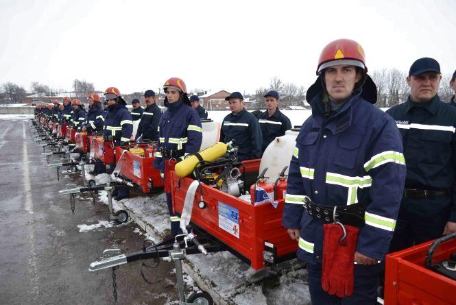 На Дунаєвеччині запрацювала перша в Україні мережа добровільної пожежної охорони