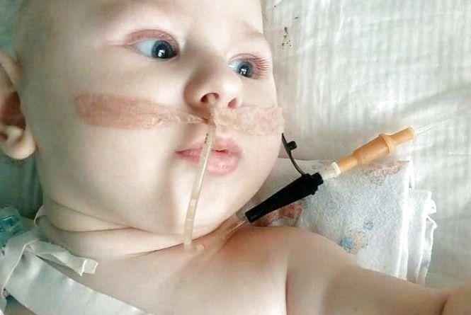 У шість місяців - четверта операція. Хмельничанин Максим потребує допомоги