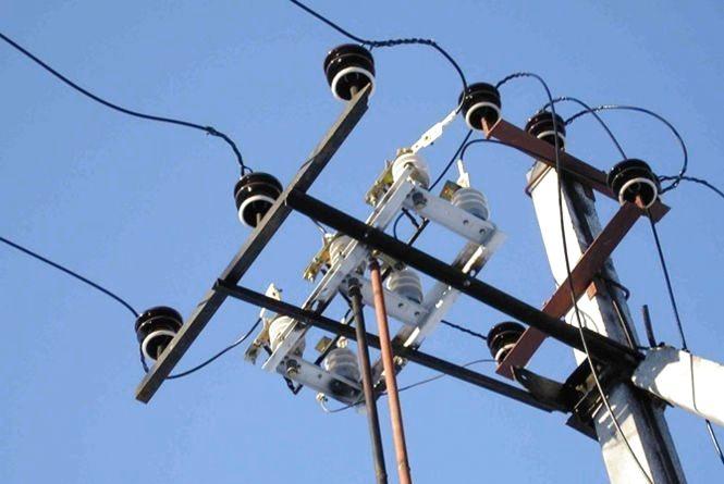 Завтра, 15 грудня, мешканці трьох вулиць Хмельницького залишаться без світла