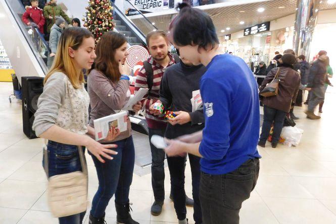 «Прихисток» для молоді: активісти розповіли про відкриття молодіжного центру в Хмельницькому