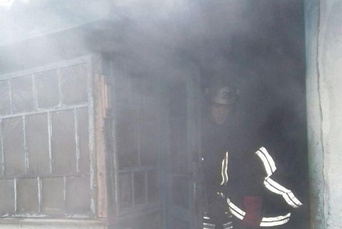 У Шепетівському районі 65-річний чоловік згорів у власному будинку