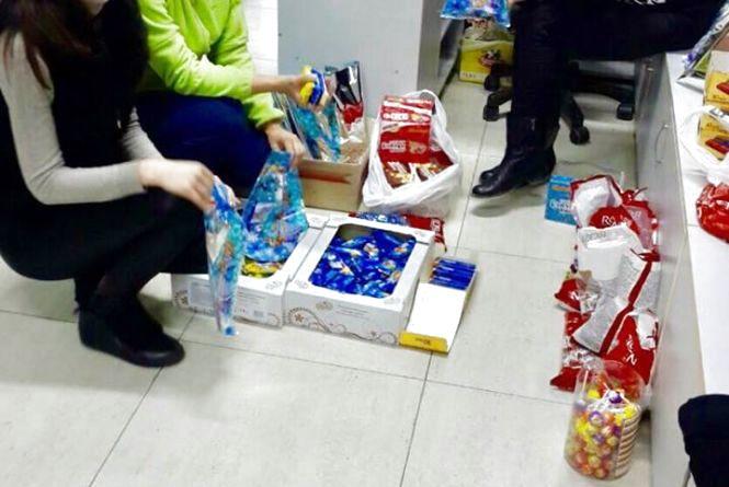 125 подарунків хмельницькі волонтери зібрали для потребуючих дітей