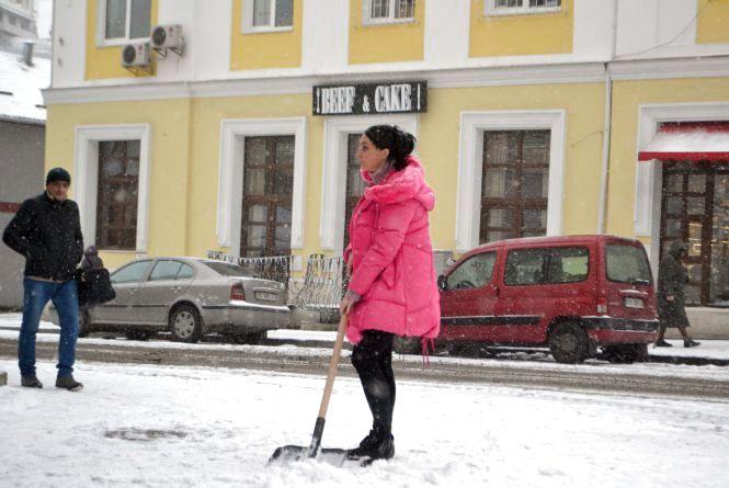 Справжня зима: як виглядає засніжений Хмельницький (ФОТО)