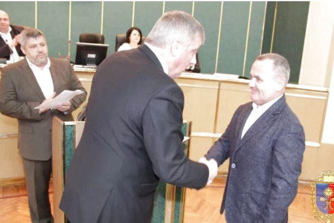 Зміни у депутатських лавах Хмельницької облради: обрали нового депутата і голів фракцій