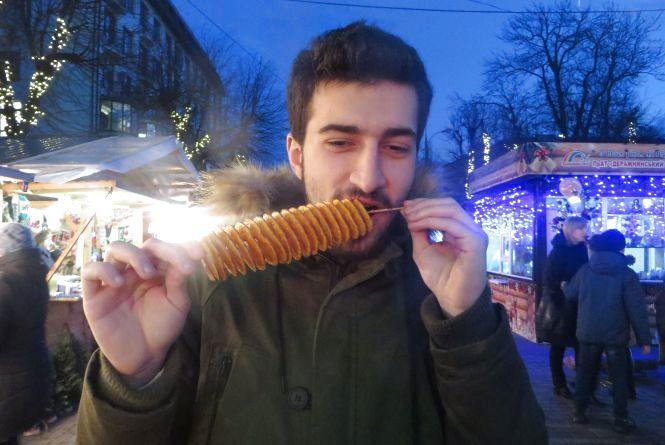 Що випити і чим закусити на новорічно-різдвяному ярмарку Хмельницького