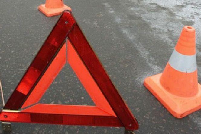 В Ізяславському районі зіштовхнулося три автівки. Є постраждалі