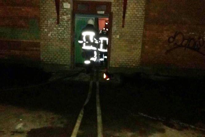 Горіла квартира у будинку на Франка.  84-річна власниця ледь не згоріла