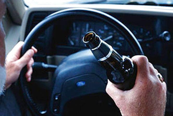 Випив пива і поїхав: у новорічну ніч на Трудовій патрульні спіймали п'яного водія