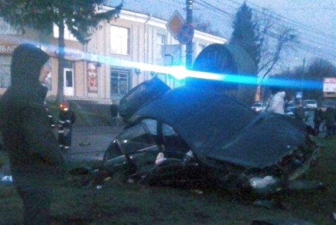 Мама загинула, дитина в реанімації: поліція затримала водія, який вчинив жахливу ДТП у Шепетівці (ВІДЕО)