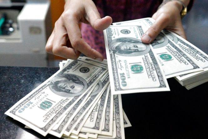 За скільки купують і продають валюту 2 січня