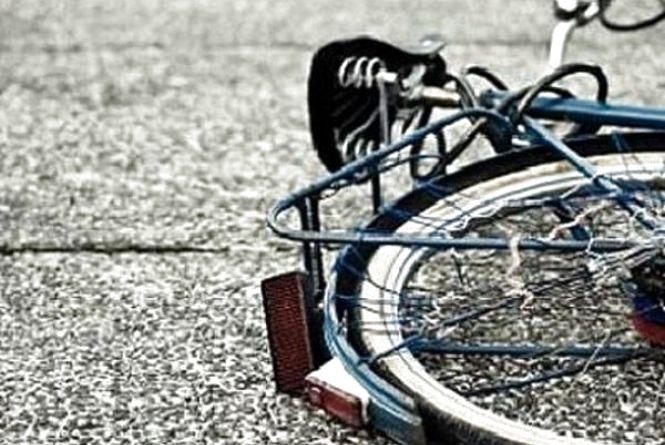 Хмельничанин збив велосипедиста у Старосинявському районі