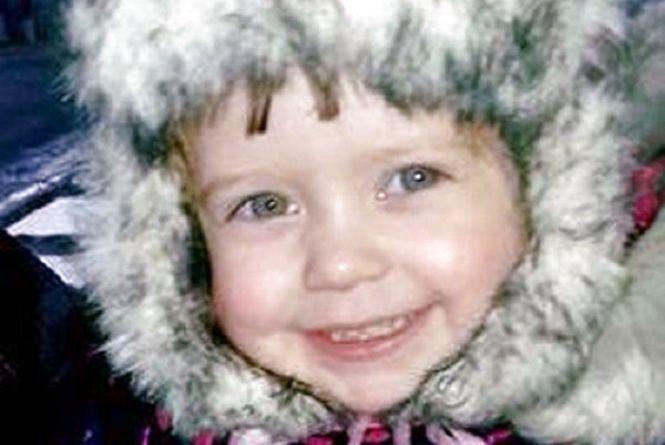 Лікарі розповіли про стан 2-річної дівчинки, яку разом з мамою збили у Шепетівці