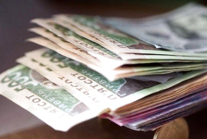 З 1 січня в Україні збільшили зарплату військовим: кому і скільки платитимуть