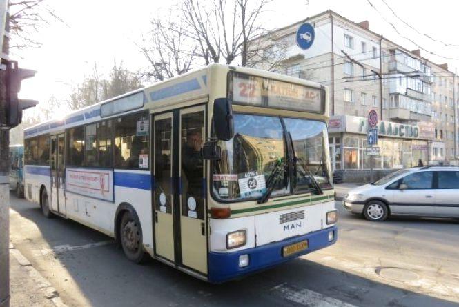 Підсумки моніторингу громадського транспорту в Хмельницькому:  чиновники знайшли 5 проблем