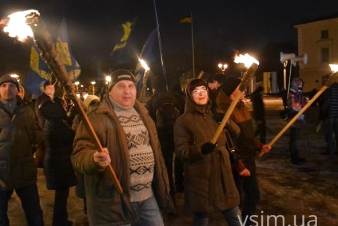 Хмельничани пройдуться смолоскипним маршем на честь Героїв Крут