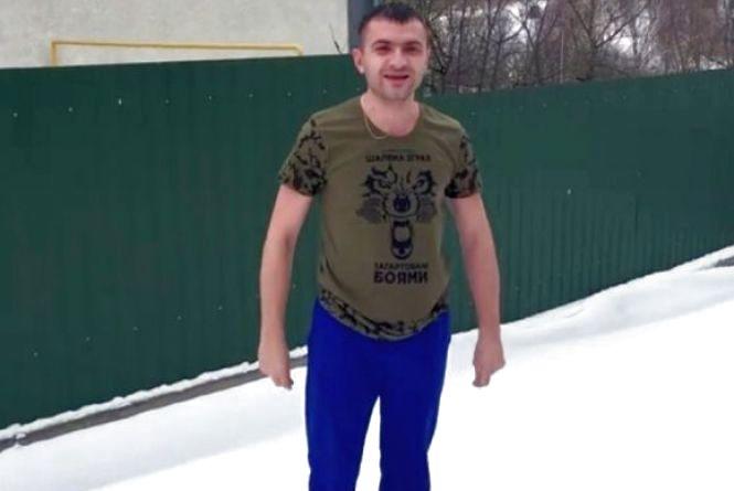 Рік тому мер Хмельницького віджимався на снігу