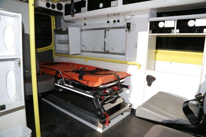 Подарунок від норвежців:  сучасний реанімобіль передали Хмельницькій міській дитячій лікарні