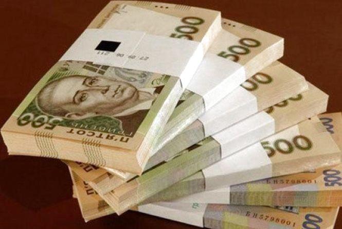 Підприємець із Волочиська сплатить 300 тисяч гривень штрафу за нелегальних працівників