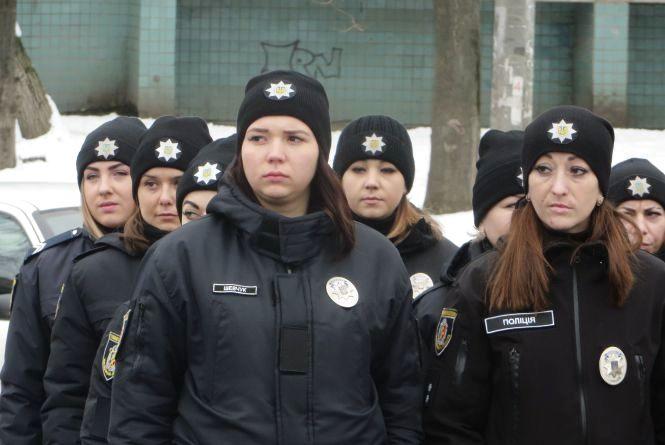 У поліції Хмельниччини - поповнення. Набрали слідчих та дільничних