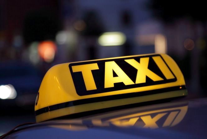 Понад пів мільйона штрафу отримав хмельничанин, який таксував на авто з литовськими номерами