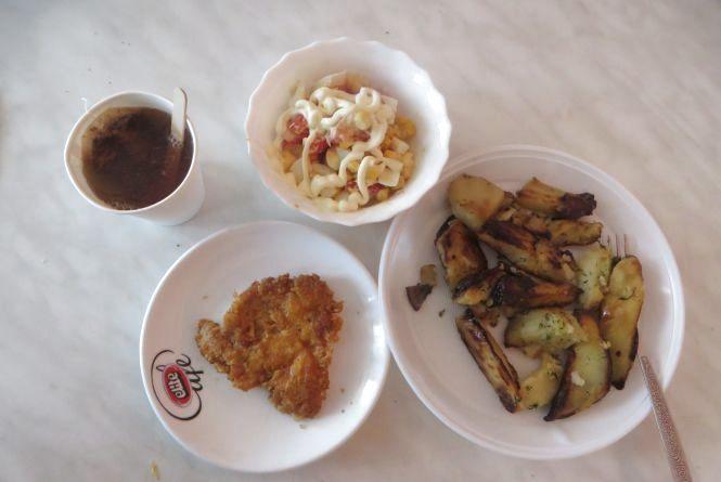 Перевіряємо хмельницькі їдальні: чим годують студентів кооперативного інституту