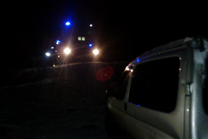 """У Білогірському районі """"Citroen"""" злетів з дороги та перекинувся. Четверо людей постраждало"""