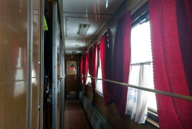 Збільшили кількість додаткових поїздів через Хмельницький на 8 березня