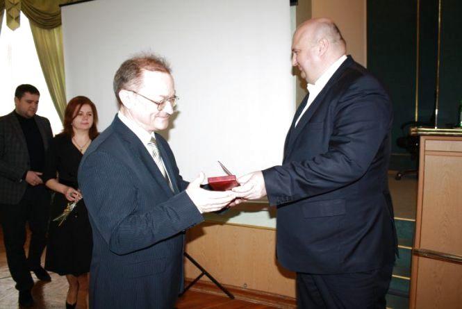 Четверо хмельничан отримали державні нагороди та відзнаки
