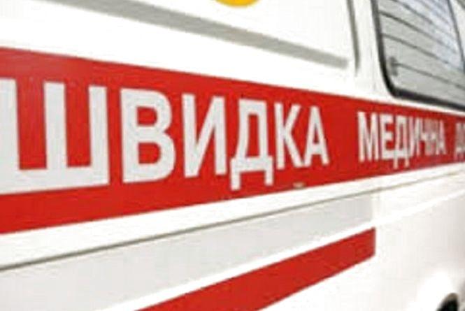 У Хмельницькому 13-річного хлопчика знайшли на вулиці з гострим отруєнням