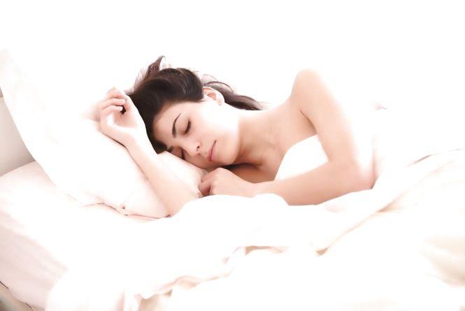 Скільки потрібно спати, щоб менше хворіти