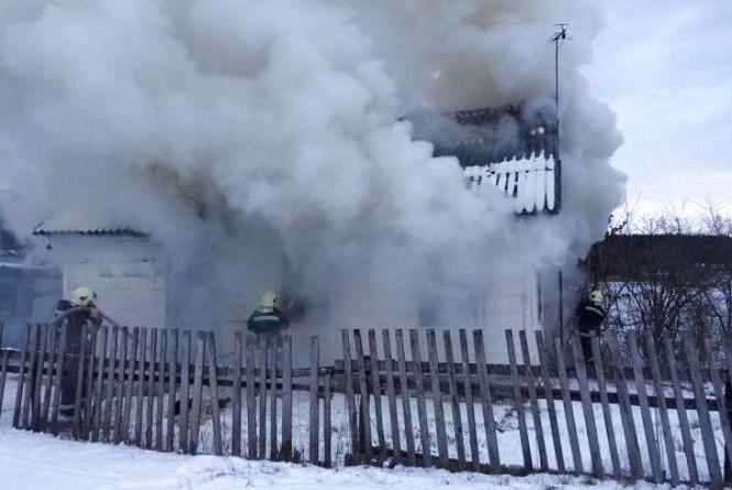Через несправну пічку  49-річна мешканка Ізяславщини згоріла у власному будинку