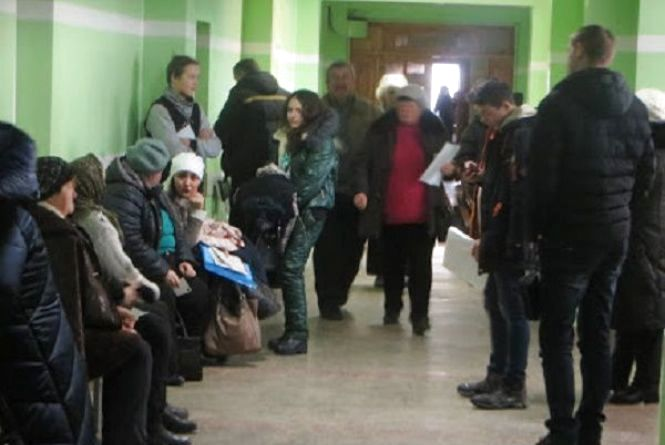 Без реєстратури та у телефонному режимі: в Україні змінили правила виклику лікаря додому