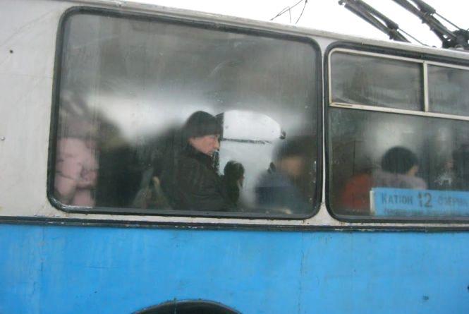 Тролейбуси №12, 14 та 16 змінять маршрут на один день