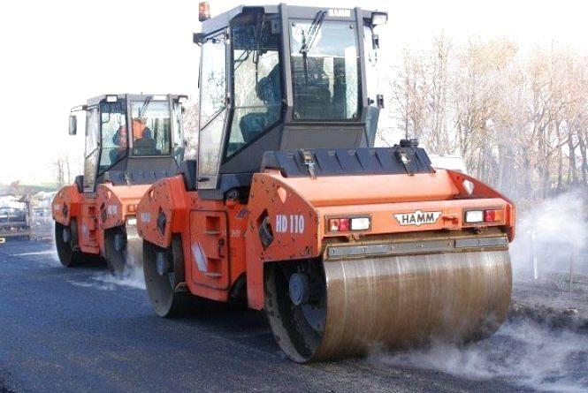 Більше мільярда гривень витратять на ремонт доріг Хмельниччини цьогоріч (КАРТА)