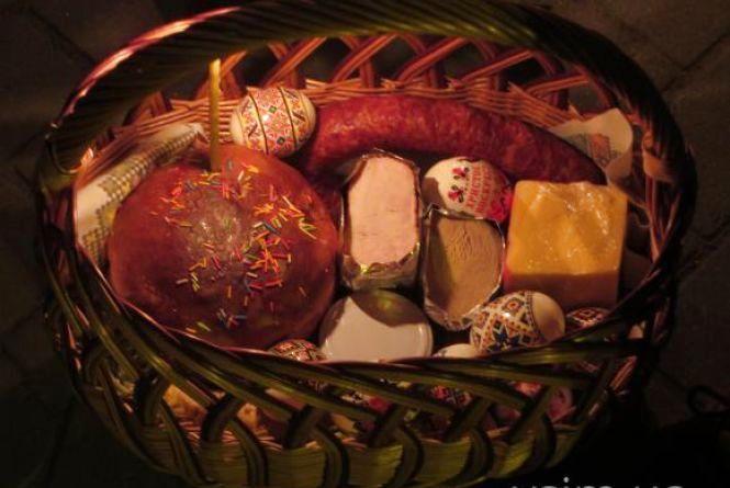 Великодні літургії та освячення кошиків у римо-католицьких храмах Хмельницького. Розклад