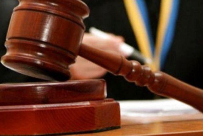 32-річного мешканця Хмельницького району судитимуть за вбивство рідного батька