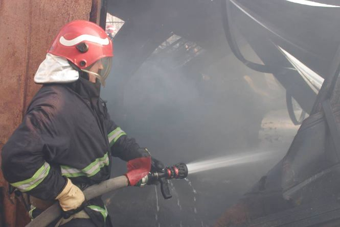 Пожежі у Хмельницькому: горів склад на Курчатова і очерет на Зарічанській