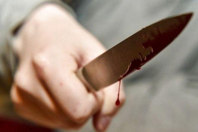 На Кам'янеччині чоловік зарізав жінку прямо за великоднім столом