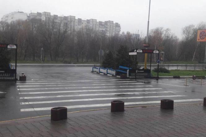 Похолодання та дощ: на Хмельницький насувається атмосферний фронт